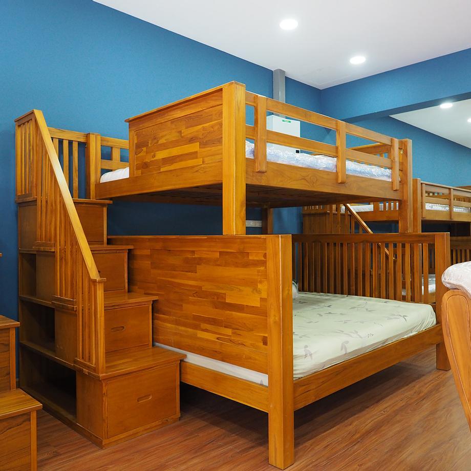 เตียงสองชั้น ด้านล่าง 6 ฟุต ด้านบน 5.0ฟุต
