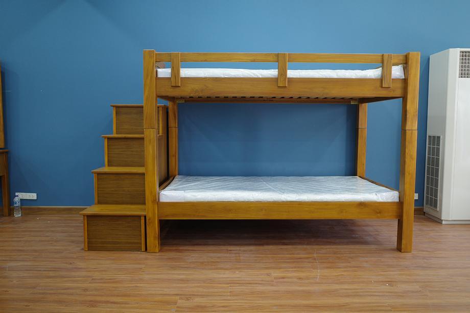 เตียงสองชั้นแบบมีกล่องบันได